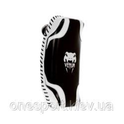 Макивары VENUM Absolute Kick Pads - Premium Syntec Leather чёрный/белый + сертификат на 300 грн в подарок (код