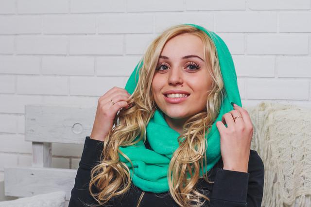 Шапки, шарфы женские
