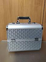 Алюминиевый бьюти кейс чемодан для косметики с выдвигающимися полками 740, серый ромб