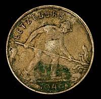 Монета Люксембурга 1 франк 1946 г. Сталевар