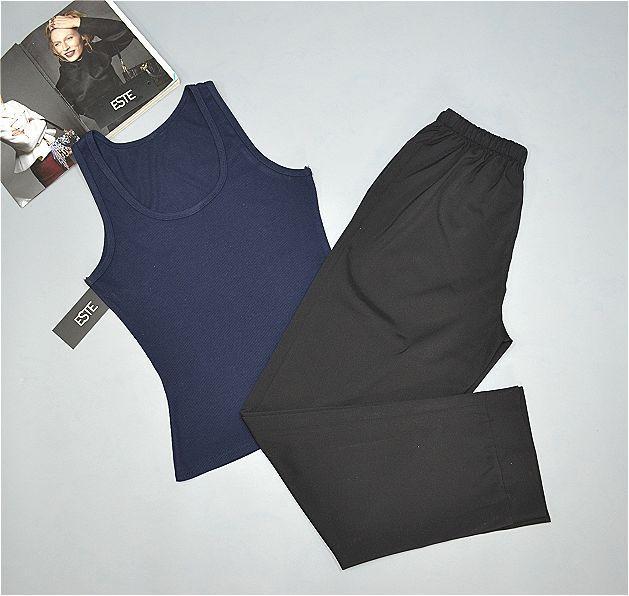 Пижама женская майка и штаны.