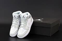 Женские кроссовки Nike Air Jordan.White. ТОП Реплика ААА класса.