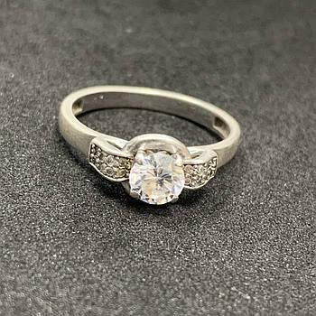 Серебряное кольцо БУ с фианитами  925 пробы, размер 18. Вес - 2,87г. Серебряные изделия бу в Украине
