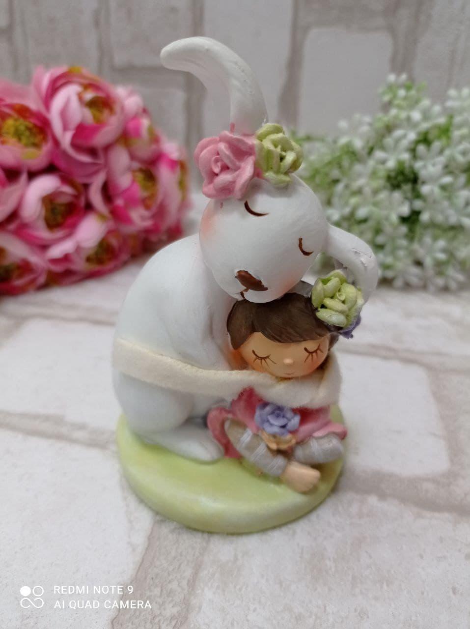 """Статуэтка из керамики """"Кролик с девочкой"""" h 11 см, 240 грн"""
