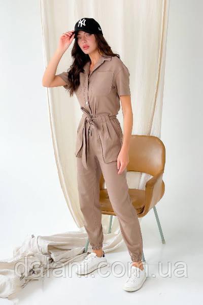 Женский бежевый джинсовый комбинезон в стиле милитари