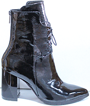 Черевики чорні жіночі на байку шкіряні від виробника модель КЛ2065-1