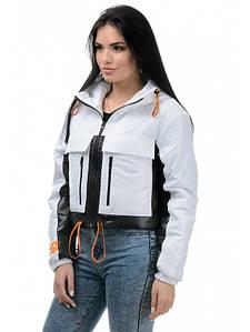 Модная молодежная короткая куртка 42,44,46,48 размер Весна 2021