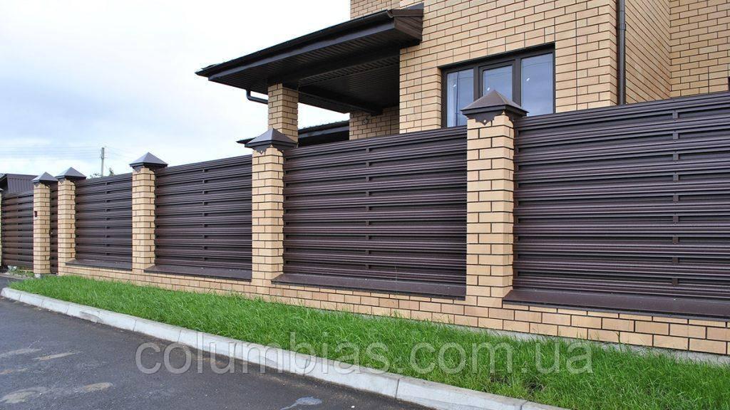Забор из штакетника вертикальный и горизонтальный