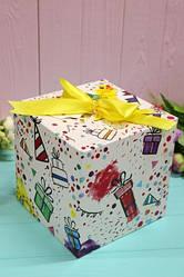 """Подарочная коробка """"Праздничная"""" 16*16*16см"""