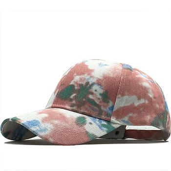 Крута жіноча кепка унікального кольору