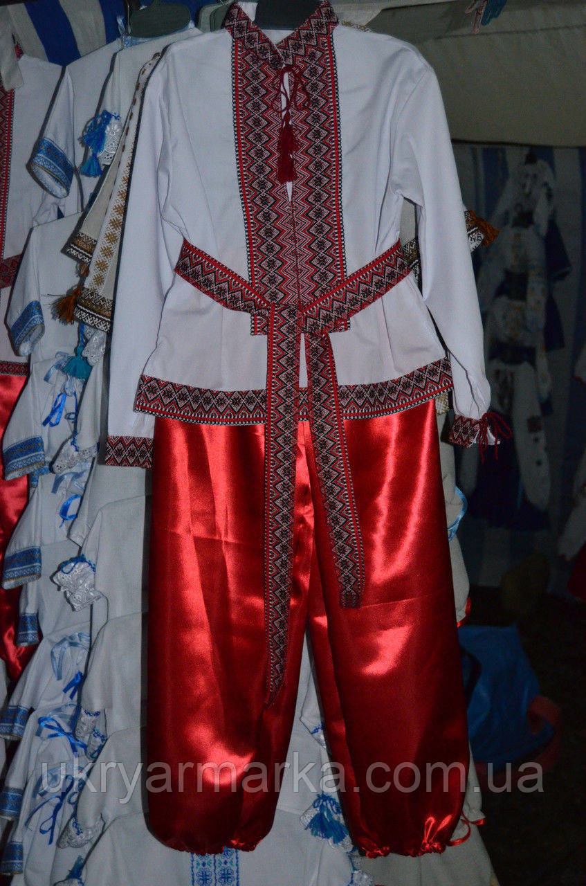 """Вишитий костюм """"Вишиванка"""" червоний"""