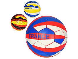М`яч футбольний,3 види 2500-128