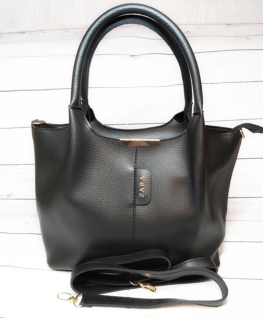 Женская стильная сумка из кожзаменителя, цвет черный