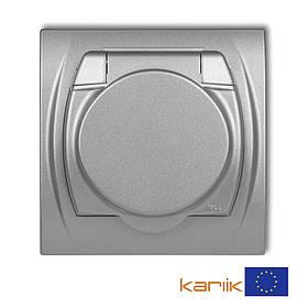 Розетка Schuko 16А 250В IP44 Karlik Logo 7LGPB-1sp серебристая с з/к крышкой заземлением одинарная встроенная