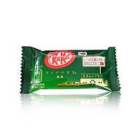 Батончик KitKat Зеленый чай Green tea