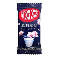 Батончик Kit Kat Sakura Sake Японія