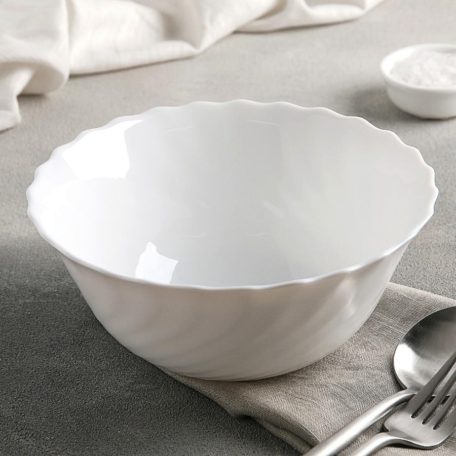 Салатник білий склокерамічний Luminarc Trianon 180 мм (D6882)
