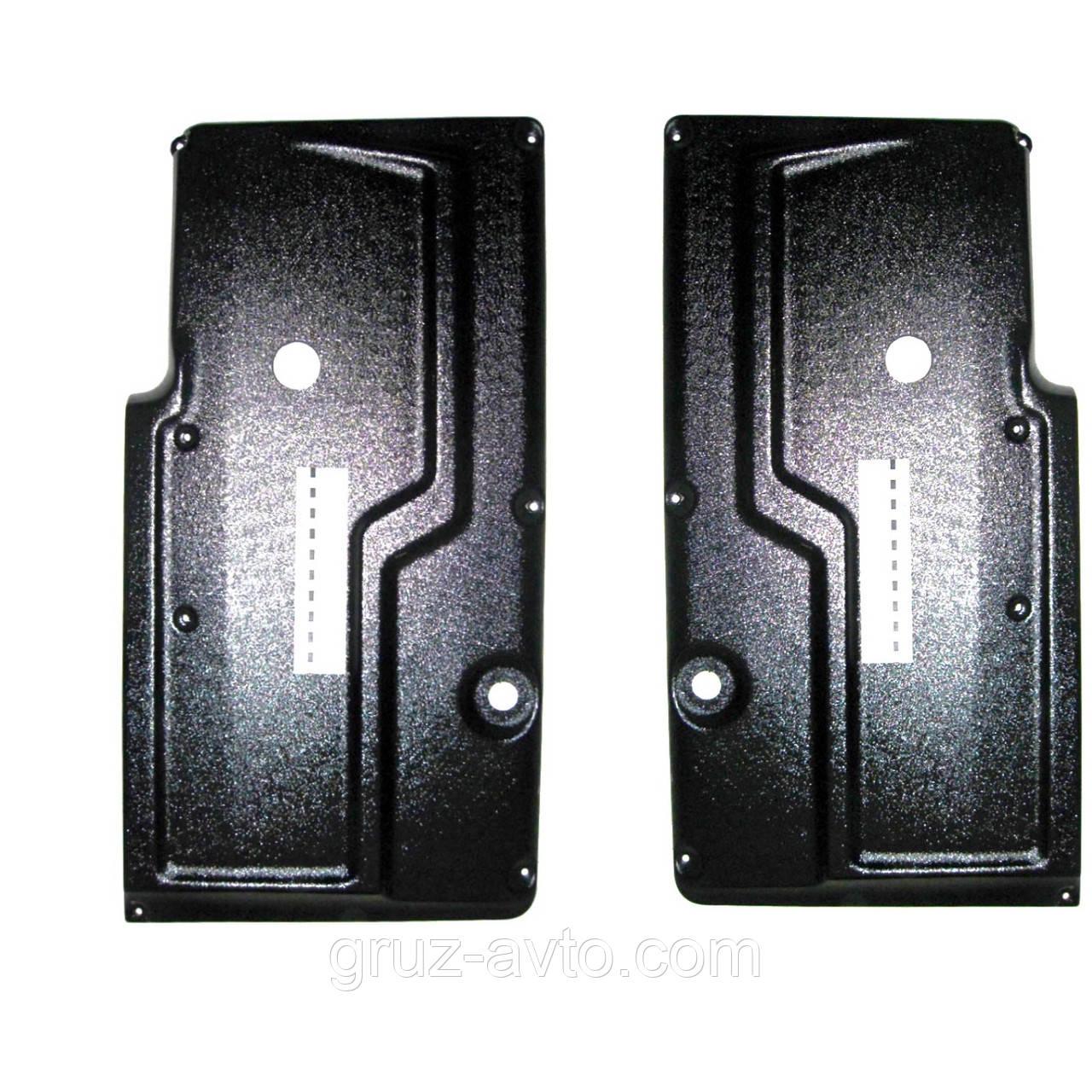 Накладка двери камаз-5320 старого образца или обшивка двери комплект 2 шт правая и левая / 5320-6101054/55