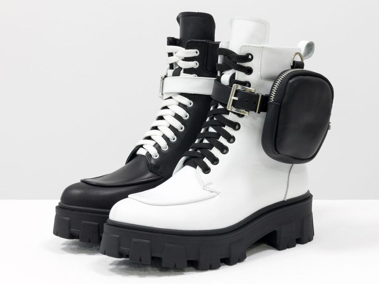 Уникальные монохромные ботинки на шнуровке из натуральной гладкой черной и белой кожи