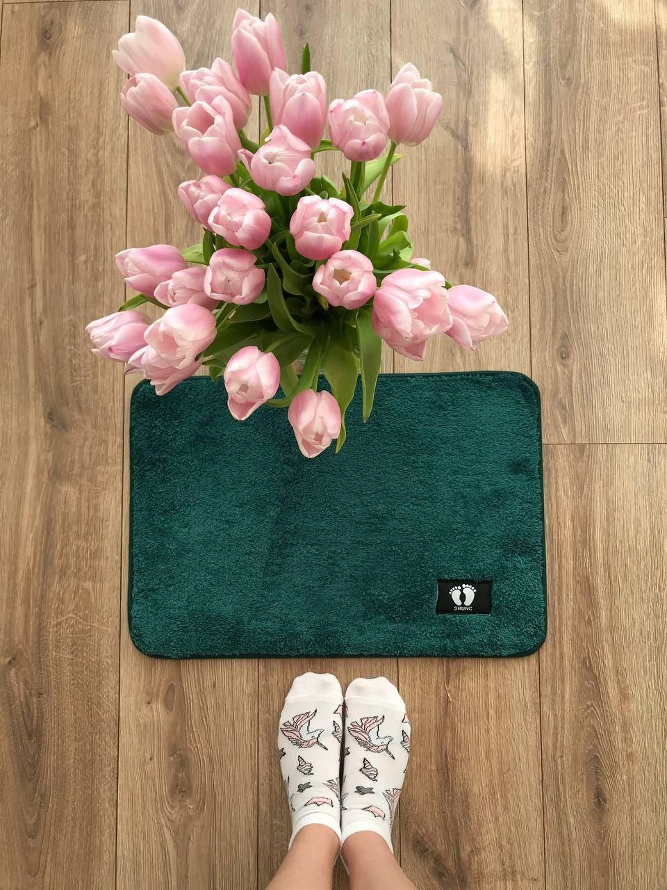 Маленький килимок в кімнату хакі