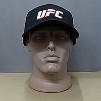 Черная молодежная бейсболка с вышитым значком UFC