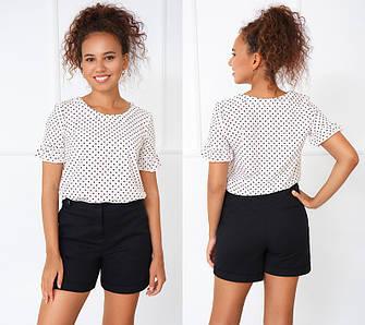 Річна блузка біла з короткими рукавами з маленькими рюшами в горошок