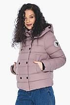Пудрова коротка куртка жіноча модель 22150, фото 2