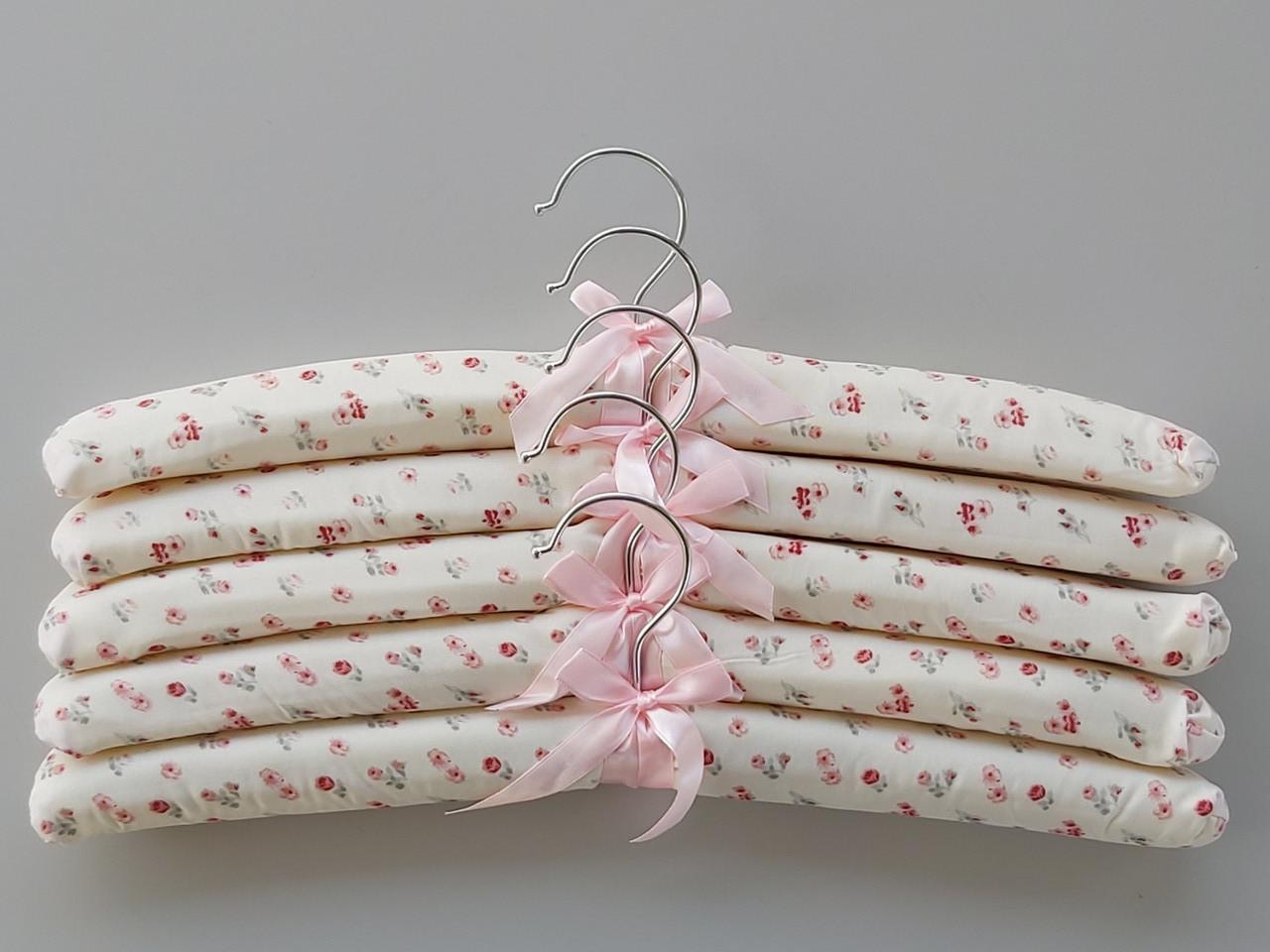 Плічка вішалки тремпеля м'які тканинні для делікатних речей квітчасті, довжина 38 см,в упаковці 5 штук