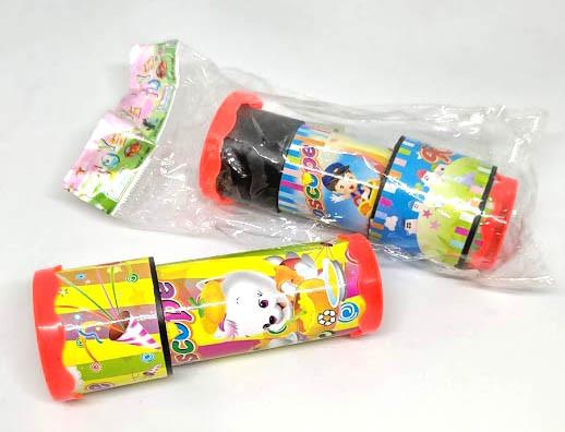 Іграшка калейдоскоп. Дитячий калейдоскоп.
