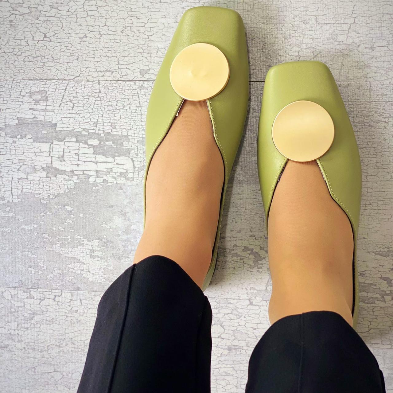 Жіночі шкіряні туфлі на низькому ходу 36-40 р світло-оливковий