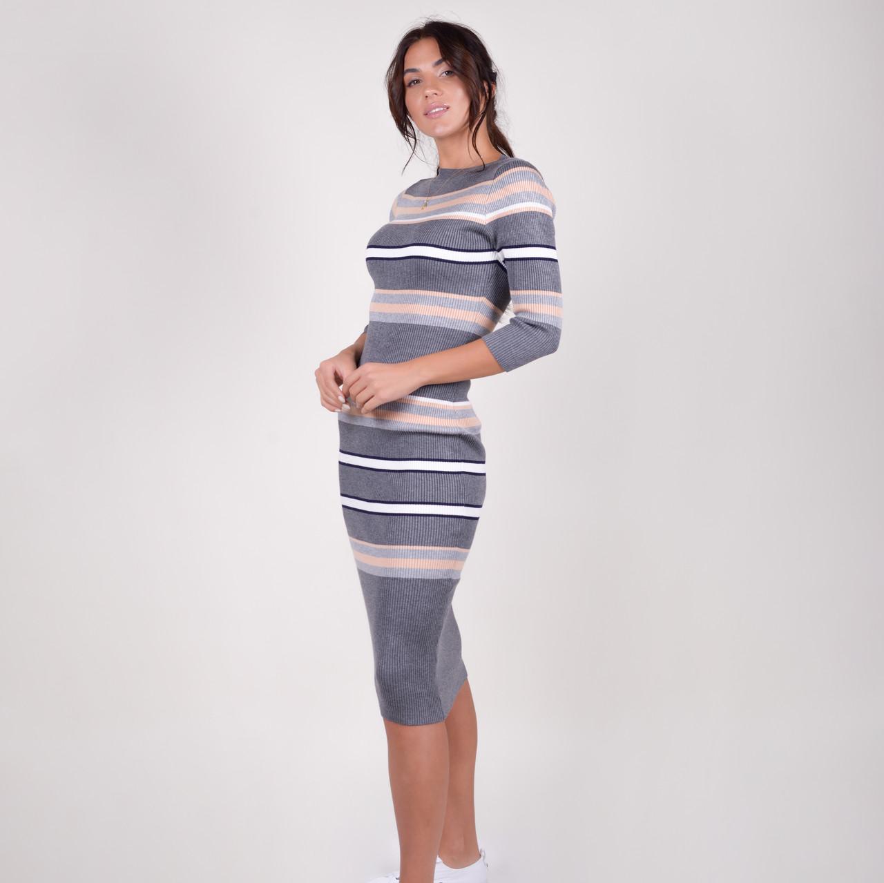 Трикотажне приталене смугасте плаття-міді в рубчик у 3 кольорах в універсальному розмірі