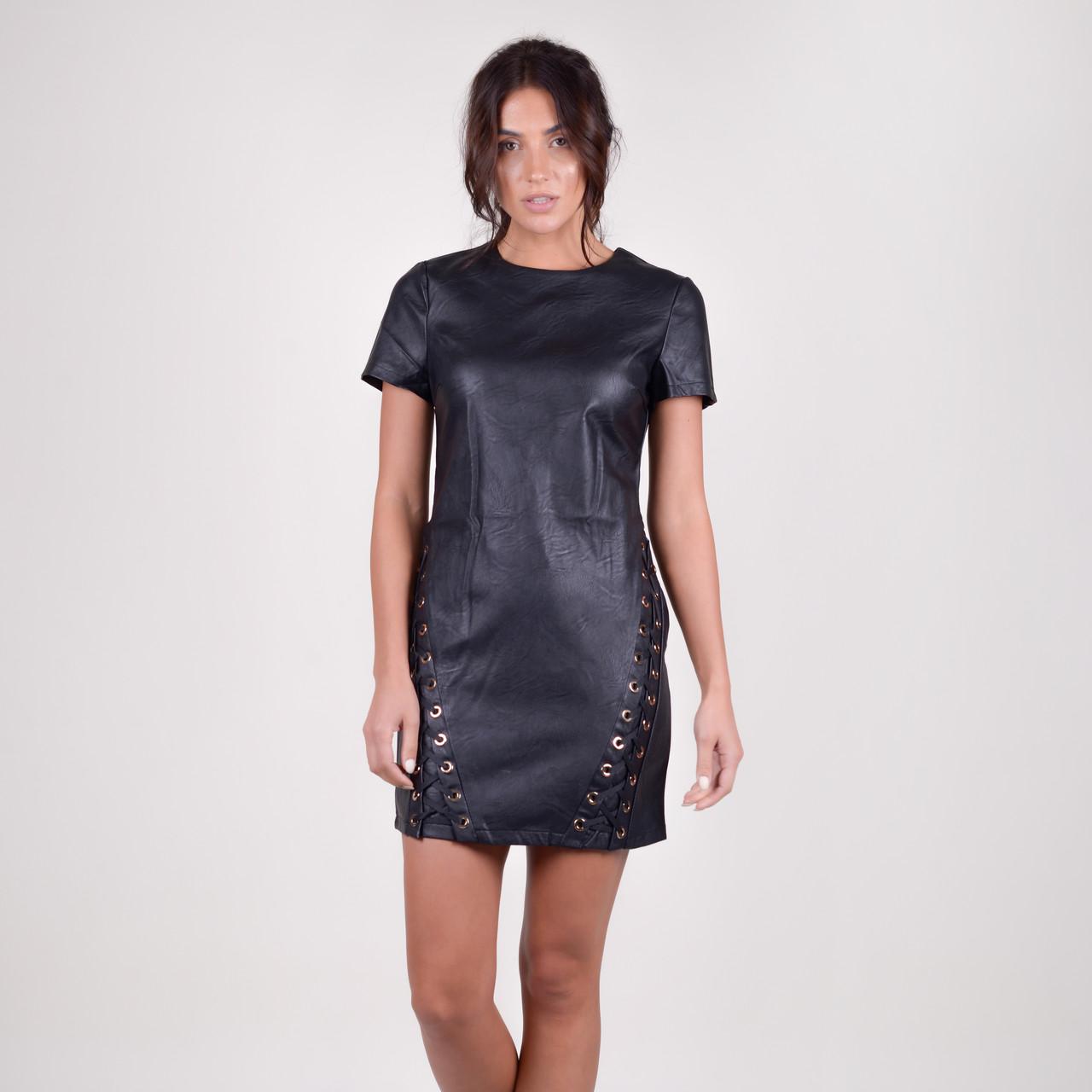 Короткое приталенное кожанное платье в черном цвете в 4 размерах S, M, L, XL