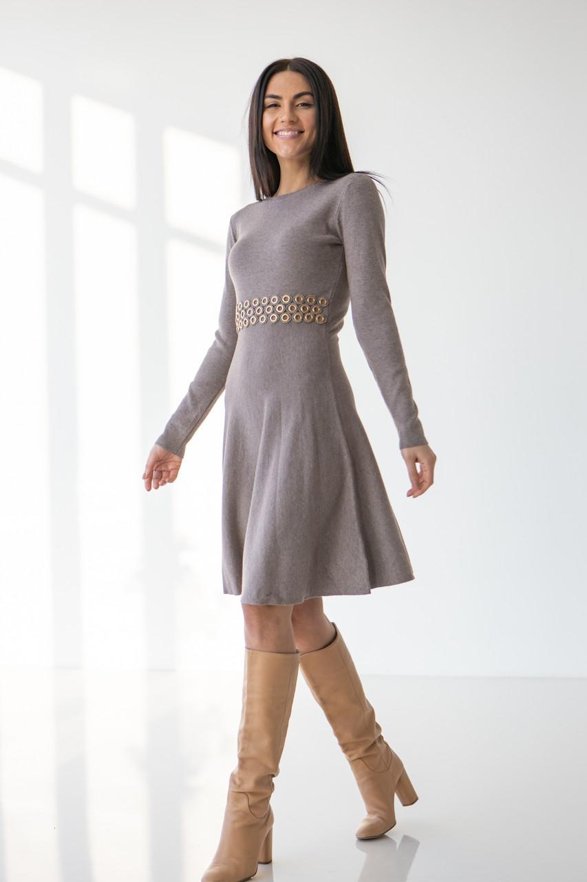 Стильное теплое платье А-силуэта до колен в 3 цветах в S/M и M/L размерах