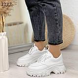 ТОЛЬКО 24 см! Стильные кроссовки женские белые на платформе 6 см эко-кожа, фото 5