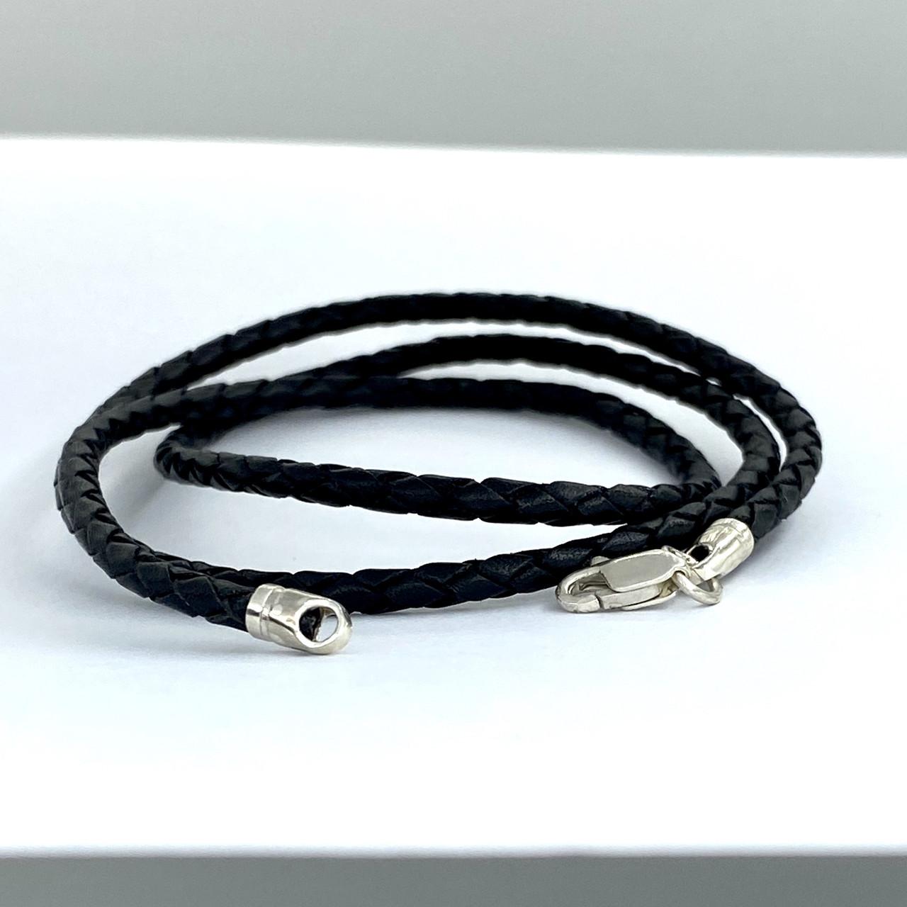 Шнурок черный из  высококачественной плетеной кожи с серебряным замком