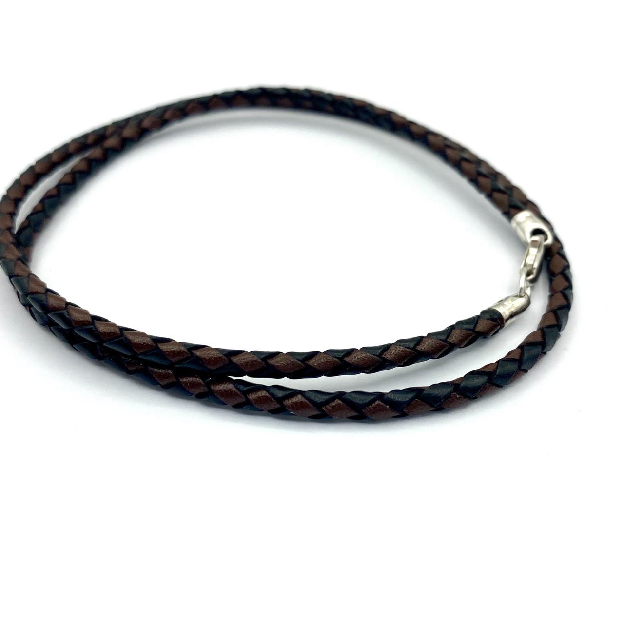 Шнурок черно-коричневый из  высококачественной плетеной кожи с серебряным замком