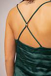 Шелковая майка изумрудного цвета на тонких бретелях в размерах S, M, L, XL., фото 7