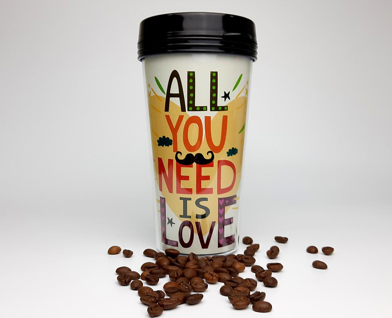 """Стакан з кришкою і подвійними стінками для напоїв на винос """"Все, що тобі потрібно, - це любов"""" """""""