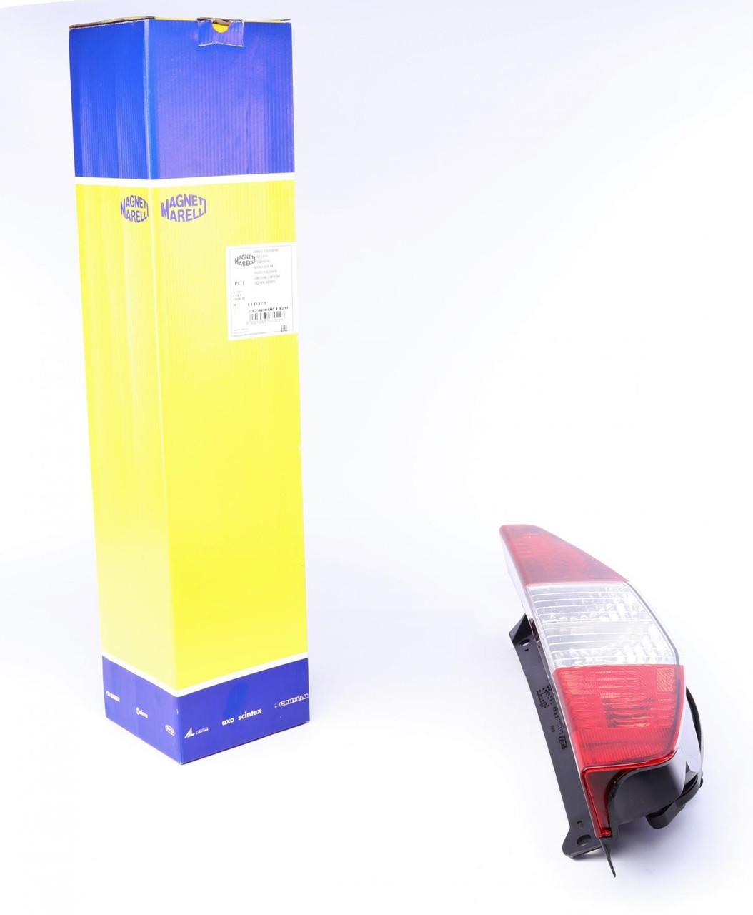 Фонарь задний Fiat Doblo 01-05 (правый) (712406001120) MAGNETI MARELLI