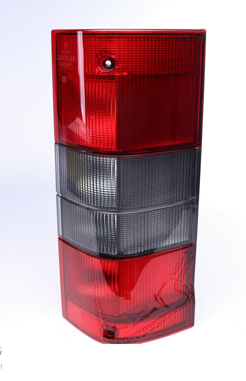 Ліхтар задній Fiat Ducato, Citroen Jumper 94-02 (правий) (714028941801) MAGNETI MARELLI