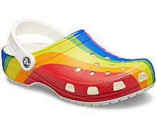 Кроксы шлепанцы Классик графика Сабо оригинал / Crocs Classic Rainbow Stripe Clog (206360), Радуга