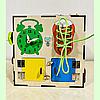 "Бизикуб ""Пчелка"" 30*30*30 на 40 элементов - развивающий домик, бизиборд, бизидом, бизикубик, фото 2"