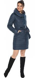 Практичная куртка женская синяя модель 66870
