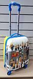 Детский чемодан на колёсах пластиковый  миньоны, фото 2