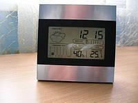 Метеостанция, погодная станция с часами и будильником.