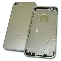 Задняя крышка корпуса iPhone 7 серебристая + внешние кнопки и держатель SIM карты (копия AAA), фото 1