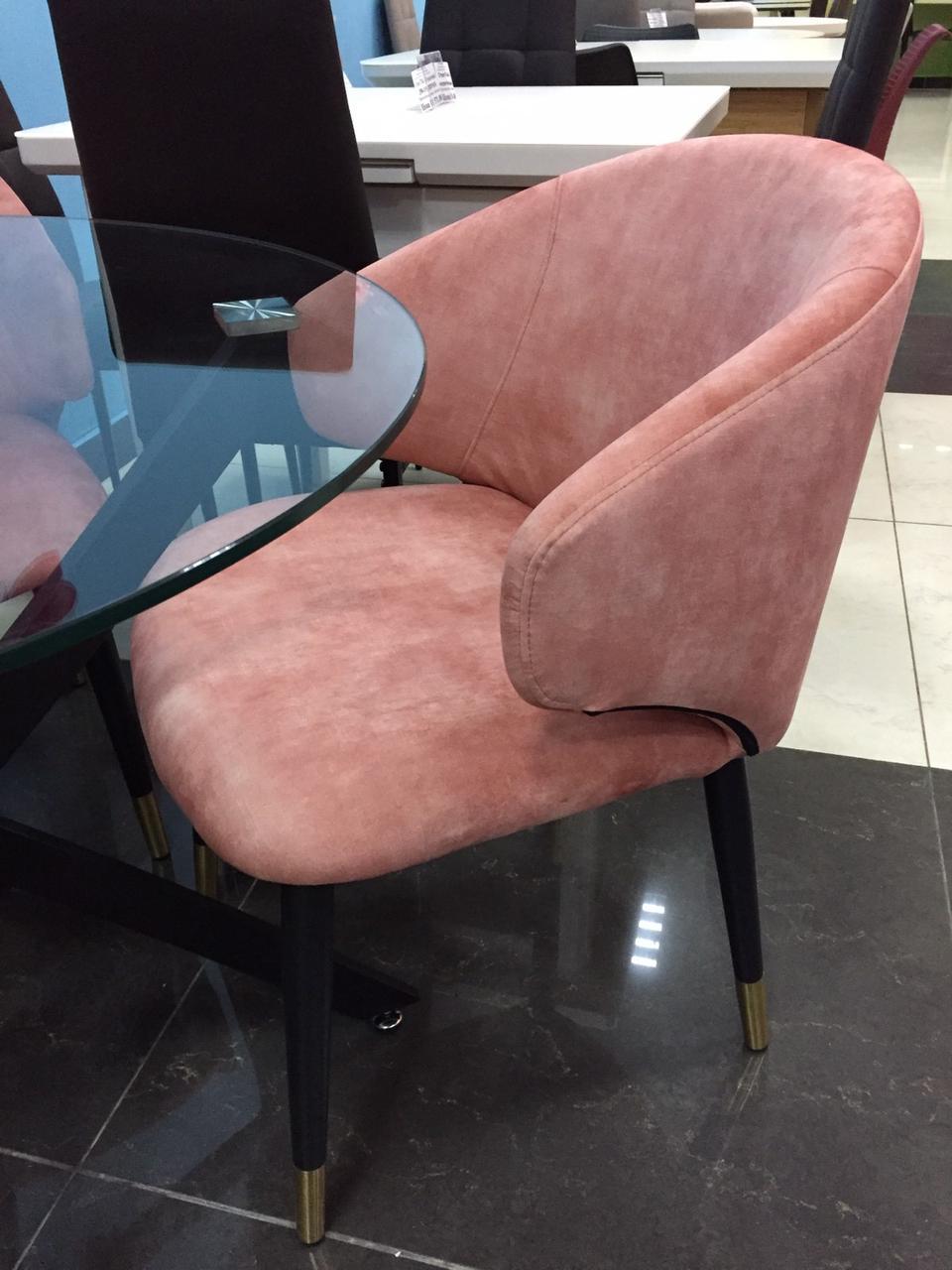 Кресло M-37 розовый вельвет от Vetro Mebel, ноги черный + золото