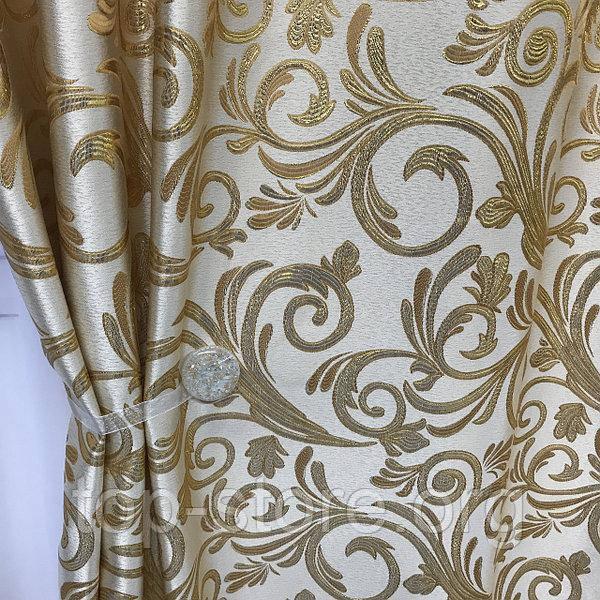 Готовые жаккардовые шторы Шторы с люрексом Жаккардовые шторы Шторы золотистые на тесьме