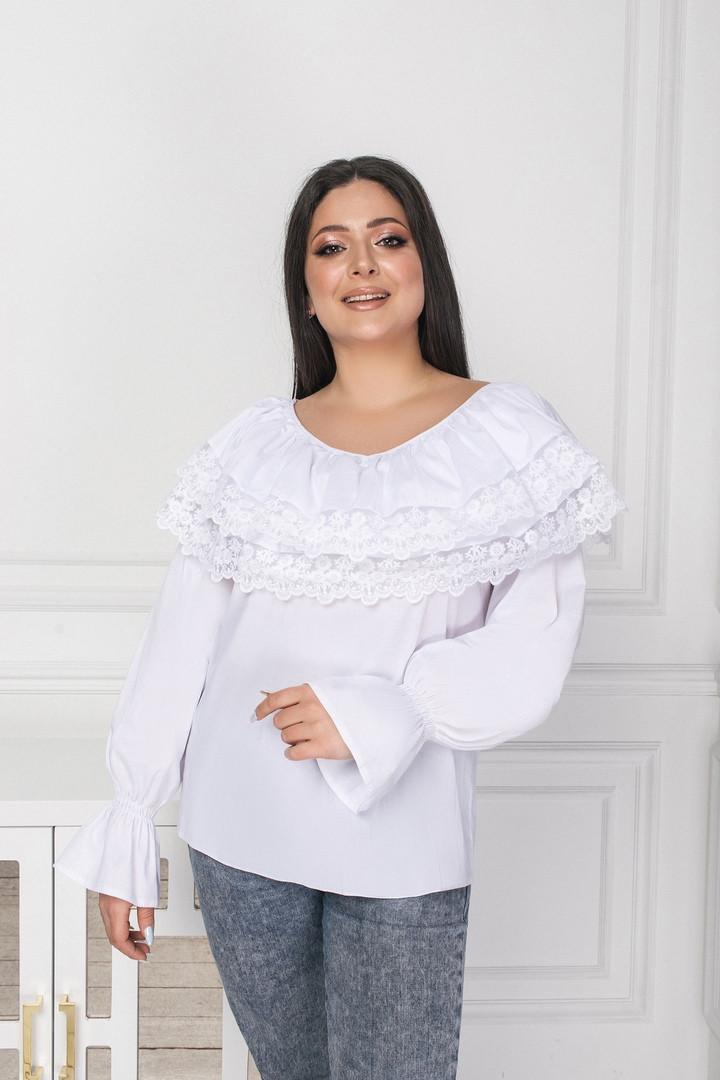 Жіноча святкове блузка біла блакитна з мереживом розмір: 48-50, 52-54, 56-58