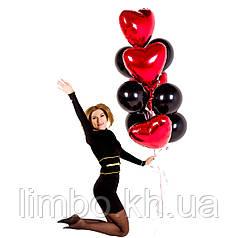 Воздушные шарики сердечки с черными шарами